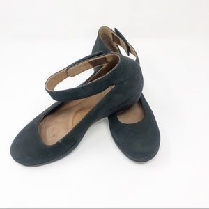 Clarks Artisan Clarene Tide Leather Mary Janes-9